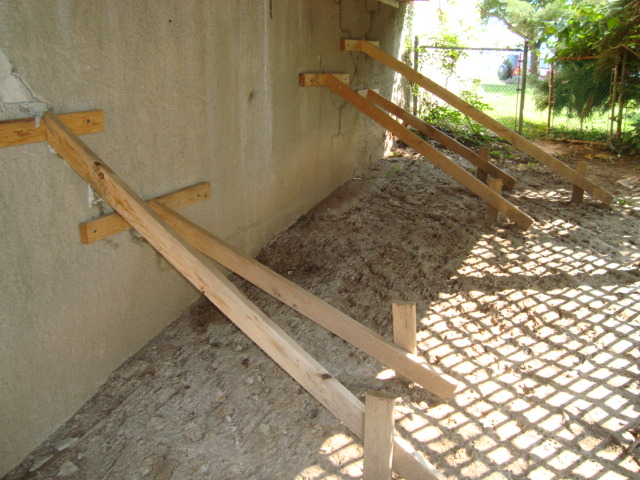 Temporaty Wall Bracing